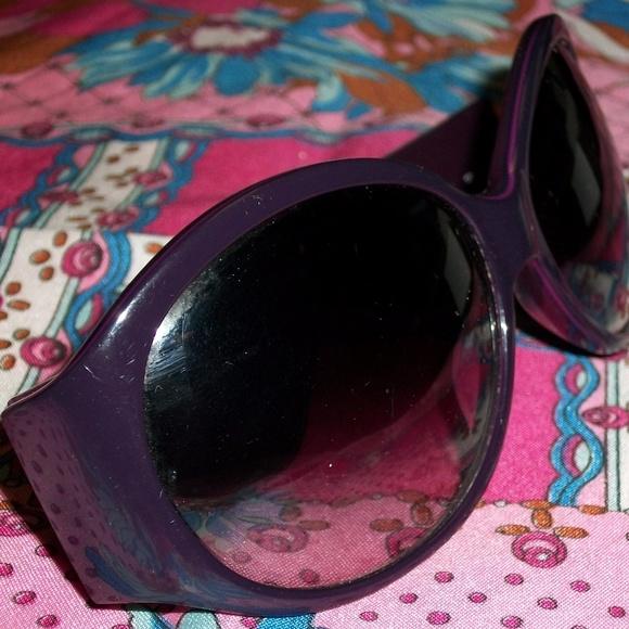 b353e4f84e36 FENDI Accessories   Authentic Large Purple Sunglasses   Poshmark
